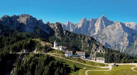 """Alpe-Adria-Trail: Pilgrims´walk from Tarvisio """"Mount Lussari"""" to Cidivale Castelmonte"""