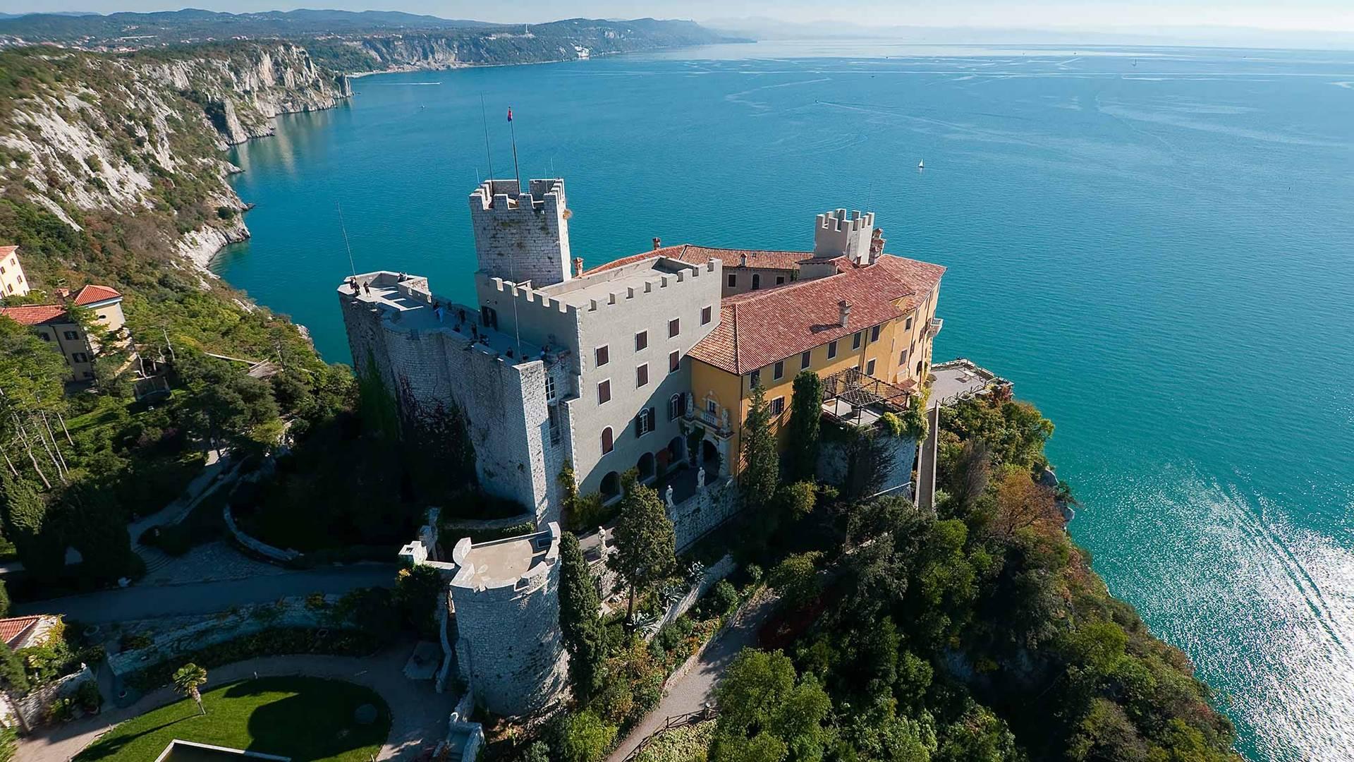 Schloss duino am adriatischen meer original